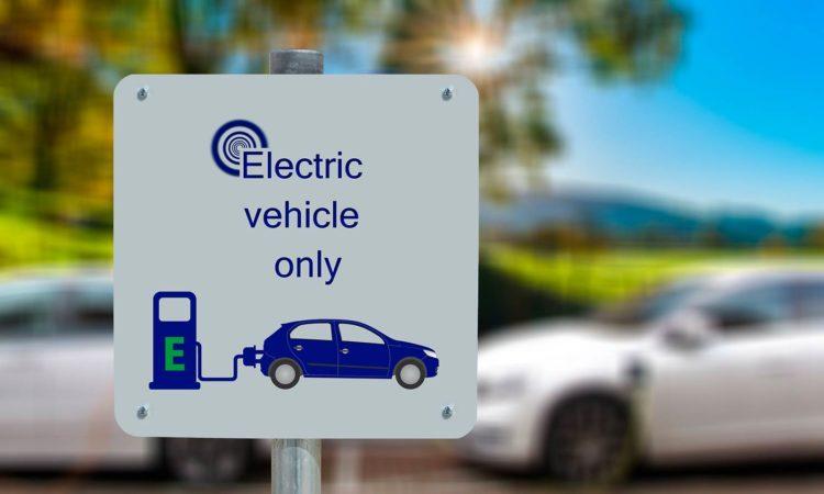 Ley de Cambio Climático. Coches eléctricos.