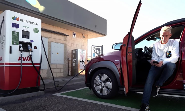 Recarga rápida coche eléctrico