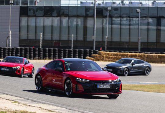 Curso de conducción deportiva Audi e-tron GT